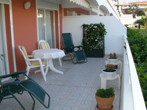 Very nice and spaciuos apartment with views, terraces and pool!