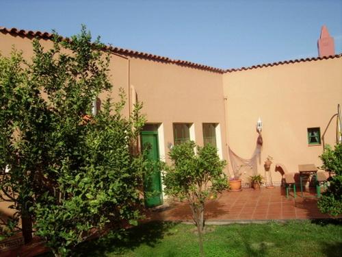 дом / вилла в San Juan de la Rambla в аренду