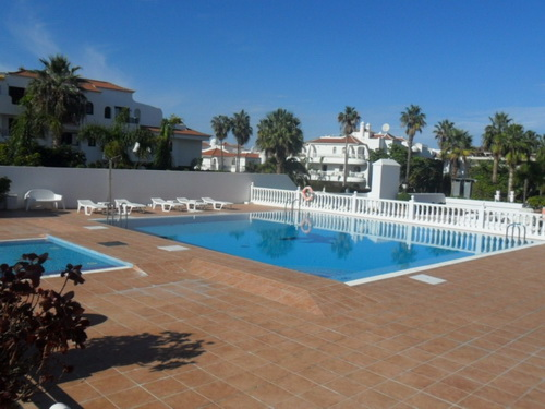 Nice flat with pool in La Paz.