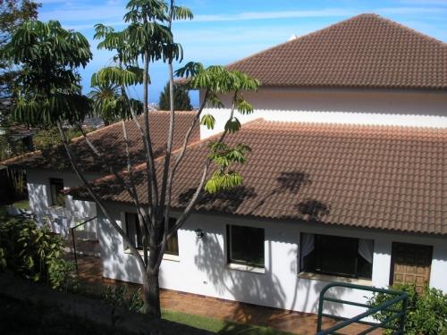 Sehr grosses Haus / Grundstuck Inklusive kleine Kneipe/ Bodega.