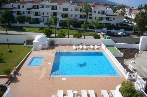 Sehr schönes Appartment mit Pool und Blick!
