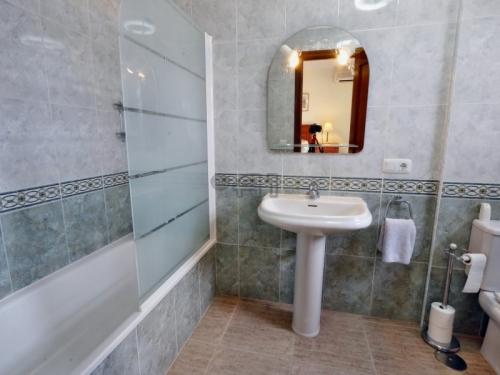 Sold! Adeje: Elegant 3 Bedroom Townhouse in Preferred Location