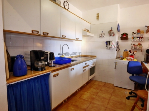 Sold: Sunny Apartment with Ocean View and Heated Pool in Los Cristianos; Residence Los Alisios