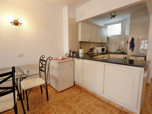 Tenerife-South: San Eugenio Bajo, Chic 2-Bedroom Apartment, Seafront Location in Club Villamar