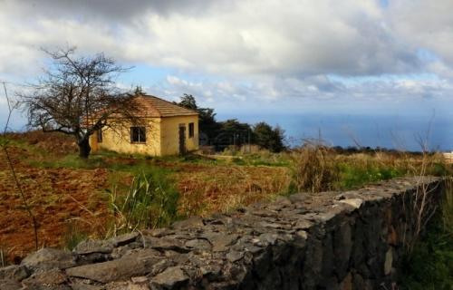 Sonnige Finca Rustica mit traumhaftem großem Grundstück, Meerblick und kleinem Chalet in El Sauzal