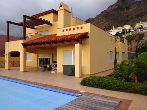 Haus/Chalet in Adeje zum Verkauf