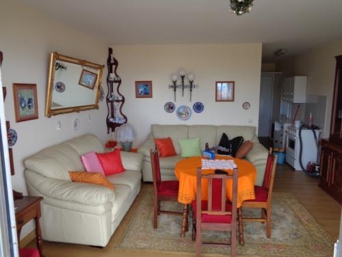 Nette Wohnung mit Terrasse und Meerblick!