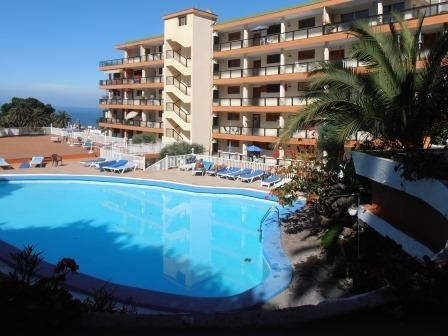 Investment! Very nice apartment with terrace and sea view!