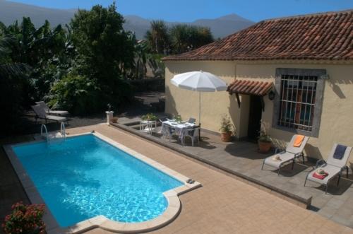 Preciosa casa con piscina privada, tranquilo, soleado,