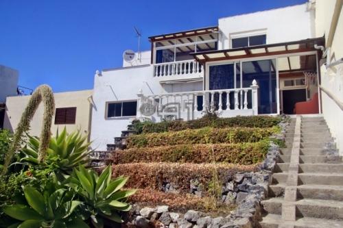 Komfortables Stadthaus zum Wohlfühlen in Adeje - Tijoco Bajo
