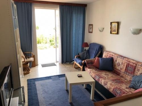 chalet pareado estilo bungelow con apartamento seperado