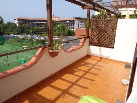 Estudio coqueto con terraza grande en Urbanización La paz.